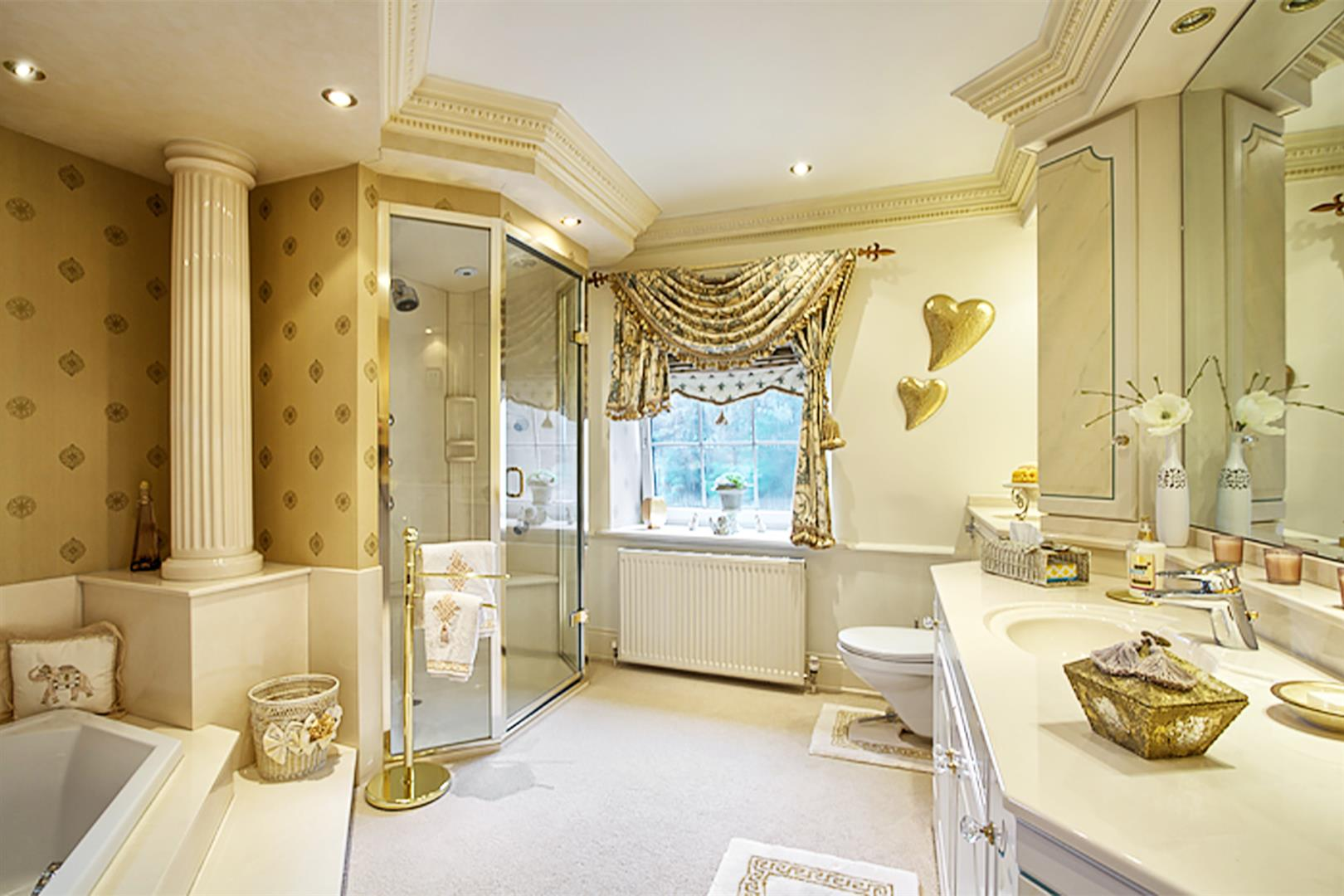 4 bedroom house For Sale in Bolton - master ensuite.png.